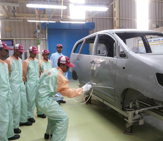 Workshop training for Students in Toyota Technical Training Institute